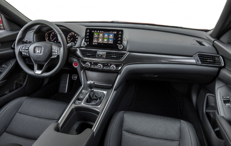 2020 Dodge Dakota Interior